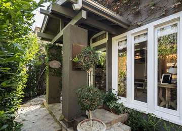 Entry Way | Home for Sale in Larchmont Village